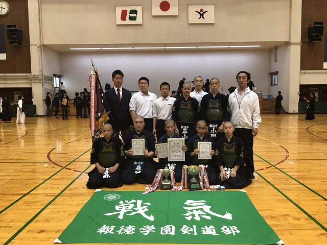 R01+中学阪神新人 写真